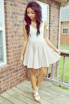 light pink pleated Motel Rocks dress - white wedges Charlotte Russe wedges