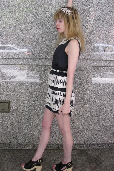 blue 31 phillip lim dress - white Vintage costume necklace - black Chanel shoes