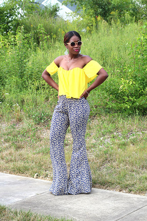 Missguided sunglasses - cecico pants - brian atwood sandals