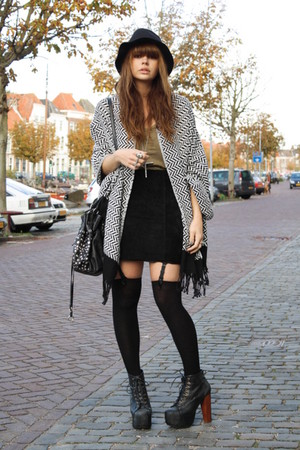 H&M scarf - LIta JC shoes - H&M skirt