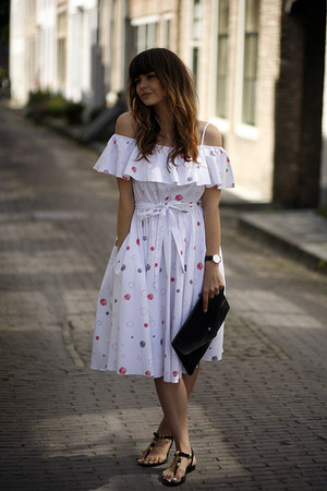 Vika Gazinskaya for &Other Stories dress