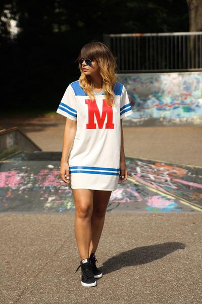 H&M dress - nike sneakers