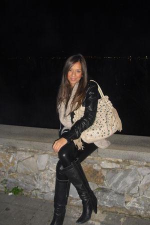black jacket - black leggings - beige vest - beige purse - black boots - white t