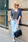 Light-blue-zara-jeans-navy-marc-cain-blazer-black-chanel-bag