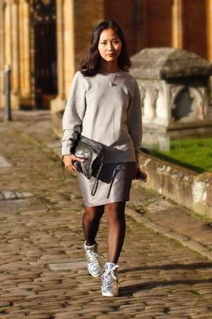silver cotton-terry sweatshirt - black balenciaga bag - silver sneakers