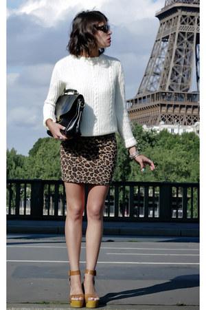 cream American Apparel sweater - black vintage bag - camel Zara skirt