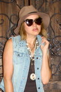 Light-blue-denim-forever-21-vest-tan-felt-fedora-asos-hat-brown-chloe-purse