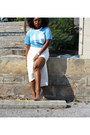 Light-blue-jersey-thrifted-shirt-cream-asos-skirt-aldo-pumps