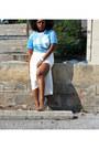 Light-blue-jersey-thrifted-shirt-cream-asos-skirt-aldo-pumps