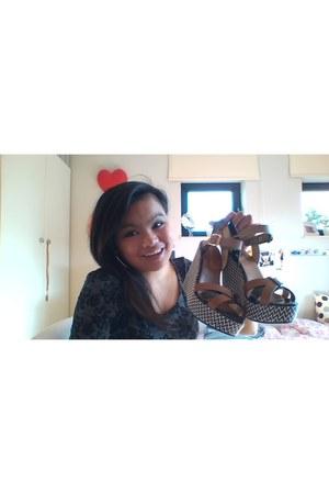 Coco Bella sandals