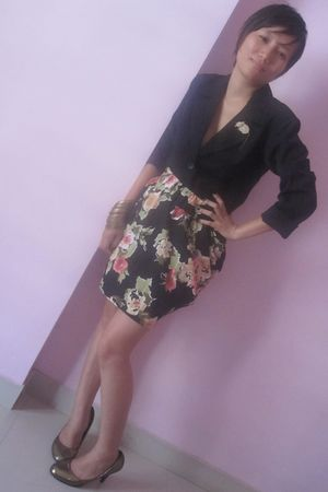 black Marc by Marc Jacobs blazer - Promod skirt - Mango accessories - Aldo acces