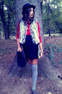 Meli-melo-hat-claires-bag-accessorize-socks-orsay-blouse-primark-vest