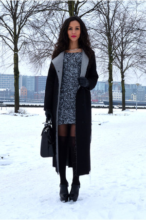 overknee Bershka tights - Zara dress - Monki coat