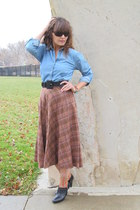 brick red wool Space Legs vintage skirt - black Ralph Lauren boots