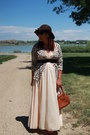 Peach-maxi-vintage-dress-dark-brown-kohls-hat-tawny-coach-bag