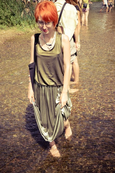 gold metal vintage skirt