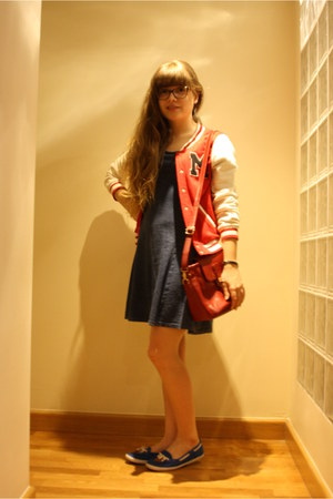 red H&M jacket - blue nautical Tommy Hilfiger shoes - navy H&M dress