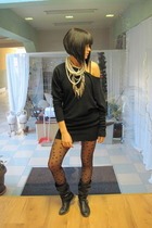 black New Yorker dress - black H&M tights - black Zara boots - gold asos necklac