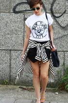white River Island t-shirt - black Zara shorts