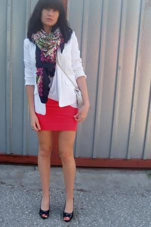 coral bodycon Topshop skirt - white H&M blazer - printed H&M scarf