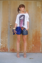 white Zara top - blue H&M shorts - blue chain bag Zara accessories