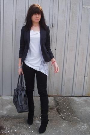 white shredded American Apparel top - black Zara shoes - black trn jeans