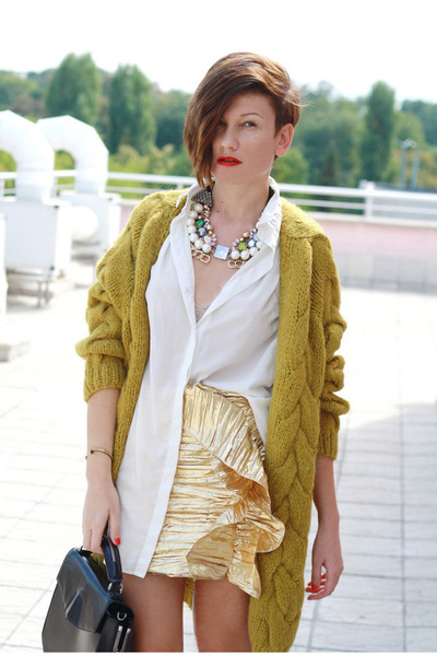 ivory H&amp;M shirt - gold H&amp;M skirt