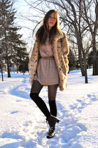 black lace up vintage boots - tan polka dot Forever21 dress - beige faux fur vin
