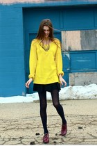 gold Gap sweater - crimson oxford Author shoes - black Pure & Good tights