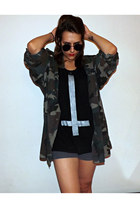 oversized DIY top - military Dads from army shirt - round H&M sunglasses