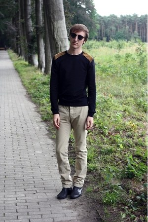 black asos sweatshirt - black Zara boots - camel Topman pants