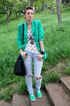 vintage jacket - H&M shoes - Zara jeans - Bershka t-shirt - H&M accessories