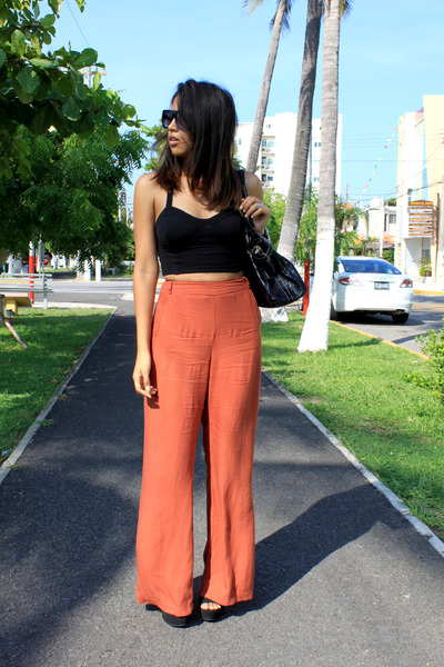 burnt orange LOB pants - black tailored top