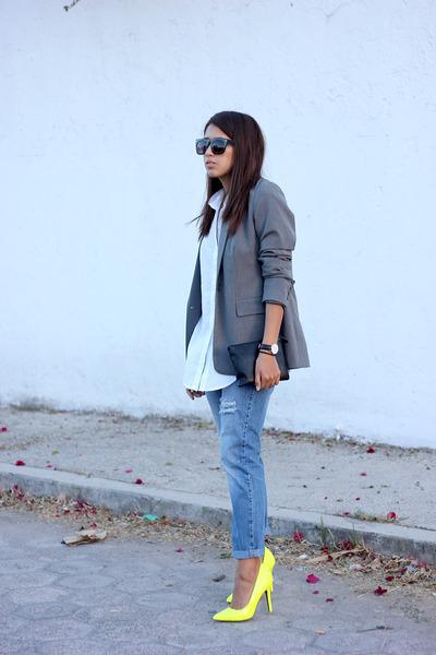 white Local store shirt - sky blue boyfriend jeans pull&bear jeans