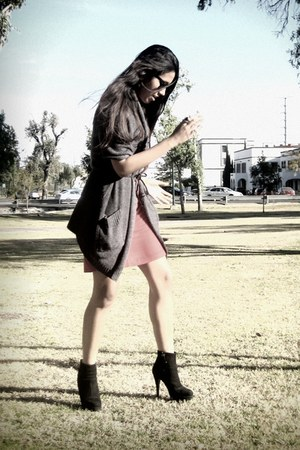 black Zara boots - red vintage dress - gray Bershka sweater