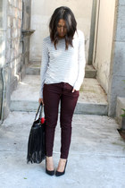 maroon burgundy pull&bear pants - white striped Zara t-shirt