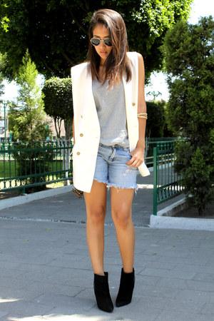 off white thrifted vintage vest - black Zara boots
