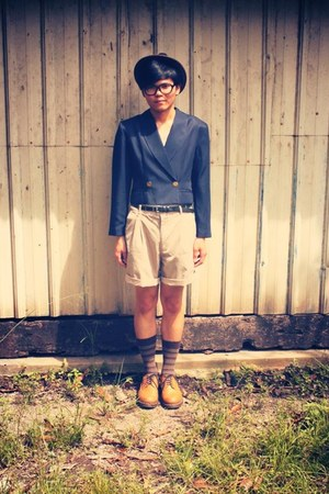 navy vintage blazer - burnt orange wing tips Dr Martens shoes