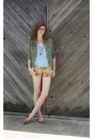 camel modcloth shorts - heather gray thrifted jacket