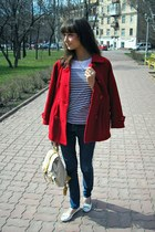 red Excelled coat - camel BagsHer bag - white Ruby&Bloom flats