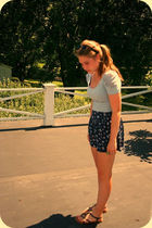 blue H&M shirt - blue Forever 21 shorts - brown Aldo shoes - black FredFlarecom
