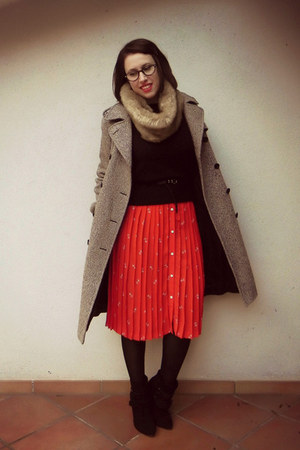 red silk vintage skirt - black Stradivarius boots - light brown wool Gant coat