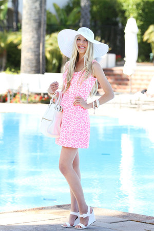 Eric Javits hat - Lilly Pulitzer dress - botkier bag - tildon wedges