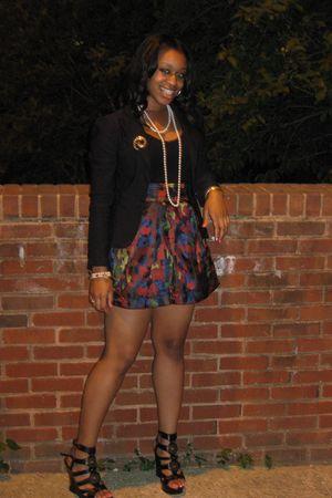 black shoes - red Forever 21 skirt - black Forever 21 blouse - black Macys blaze