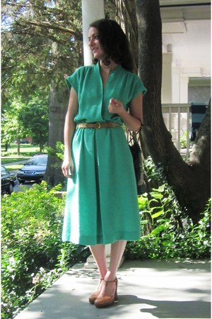 aquamarine vintage dress - neutral Steve Madden shoes