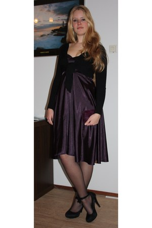 purple vintage bag - puce second hand dress - black bolero second hand vest