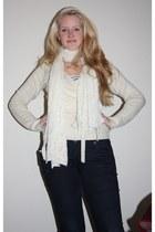 ivory Yet Fair Trade scarf - navy skinny H&M jeans - ivory no brand vest