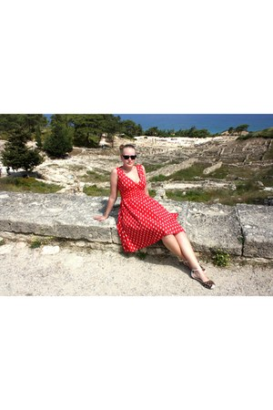black TOMS sunglasses - red second hand dress - black LK Bennett sandals