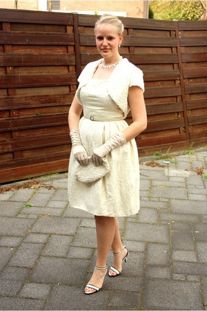 eggshell vintage dress - cream sequined vintage bag - white vintage necklace