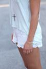 White-lace-h-m-shorts-mint-h-m-top-camel-zara-wedges